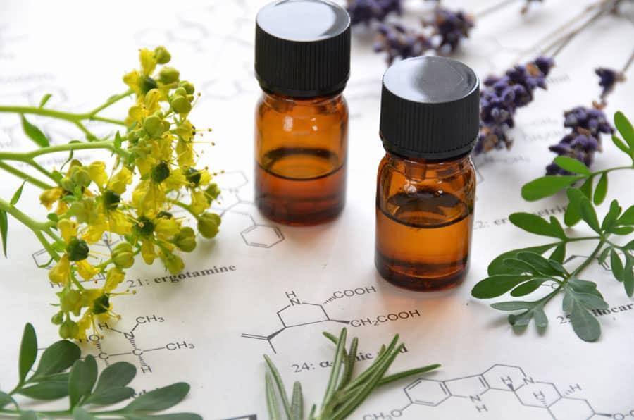 fabrication huiles essentielles