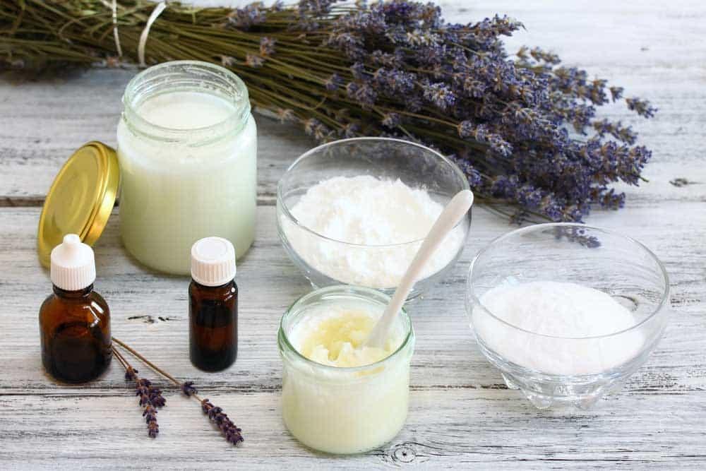 comment fabriquer un d odorant naturel 2 recettes faciles. Black Bedroom Furniture Sets. Home Design Ideas